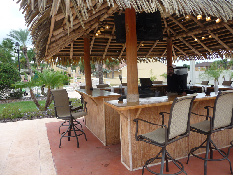 RegalPalmsResortandSpa-TikiBar