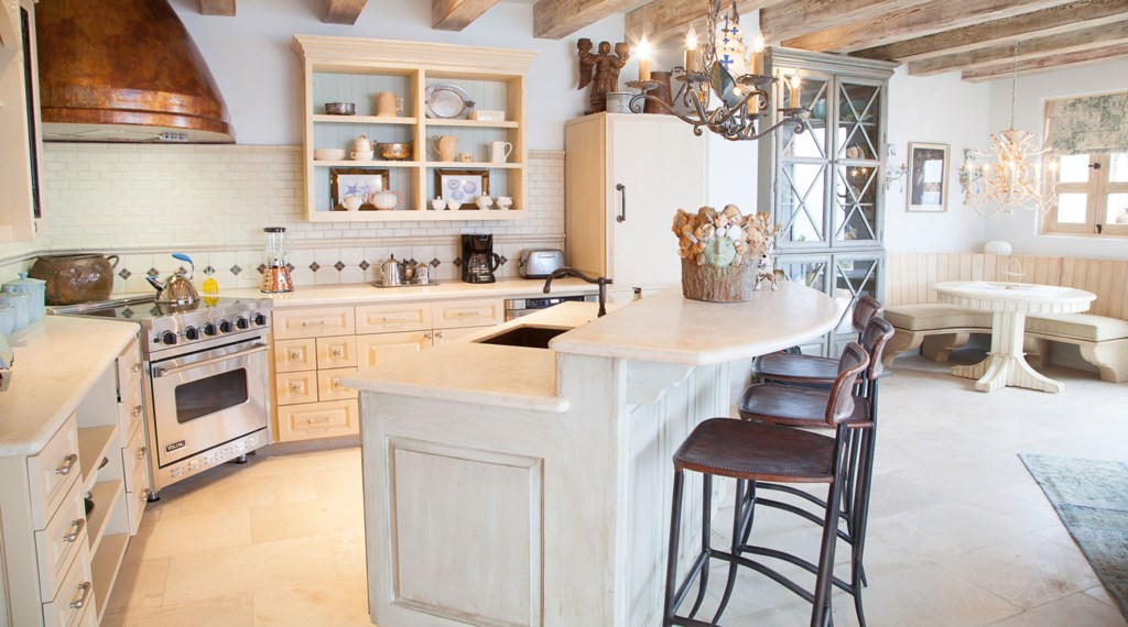 Seaside-Casita-Kitchen.jpg