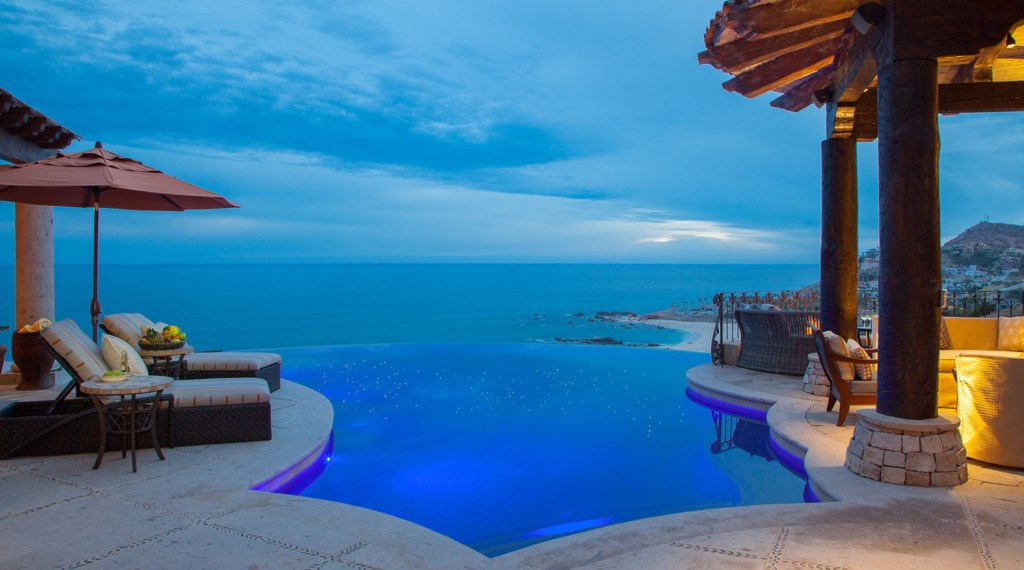 Seaside-Casita-Pool2.jpg