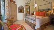 La-Terraza-Bedroom2.jpg