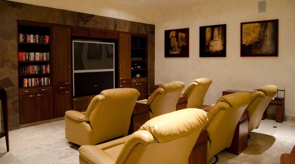 Villa-Penasco-BoardRm.jpg