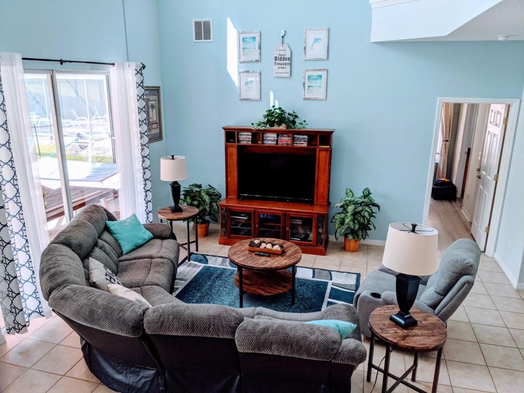 2762 living room.jpg