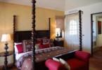 VILLA-ESTERO-Bedroom4