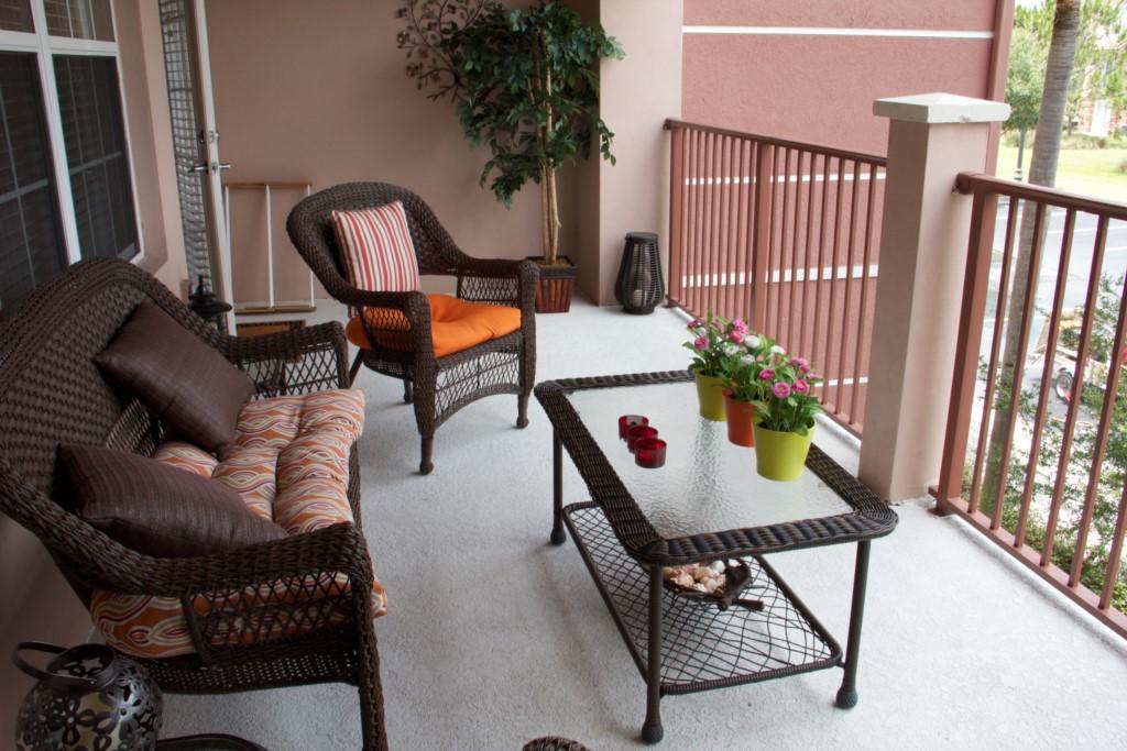 Quiet, private patio