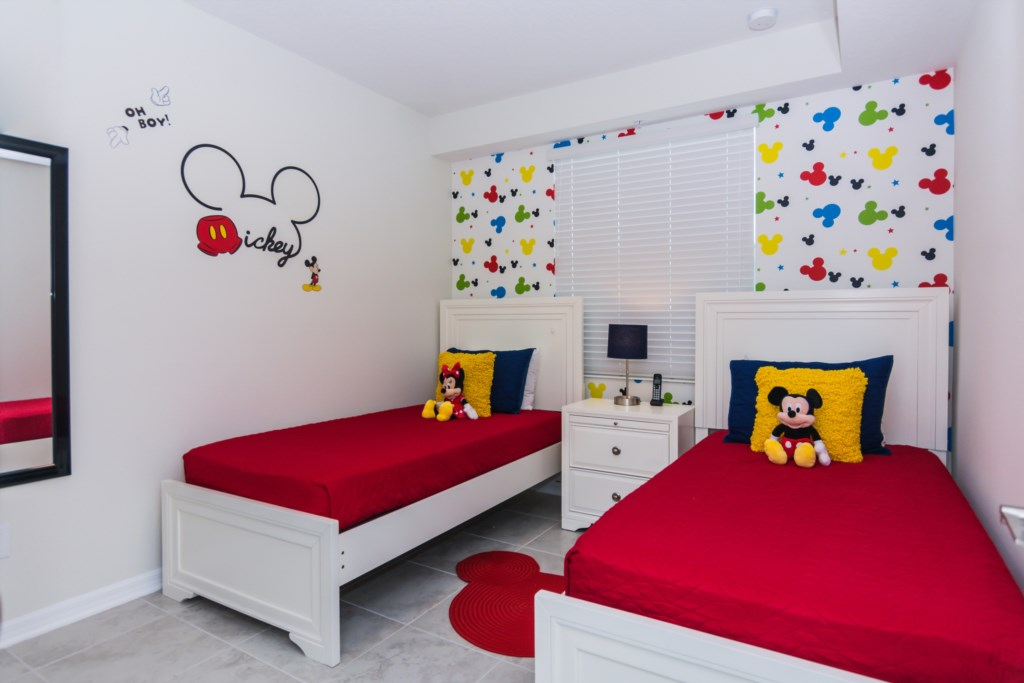 Mickey Bedroom 1.jpg