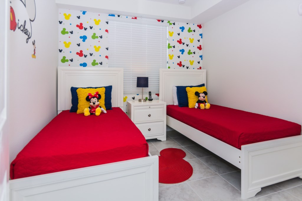 Mickey Bedroom 2.jpg