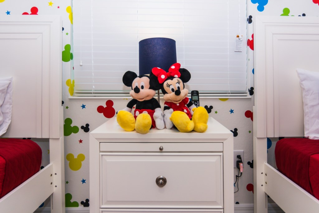 Mickey Bedroom 3.jpg