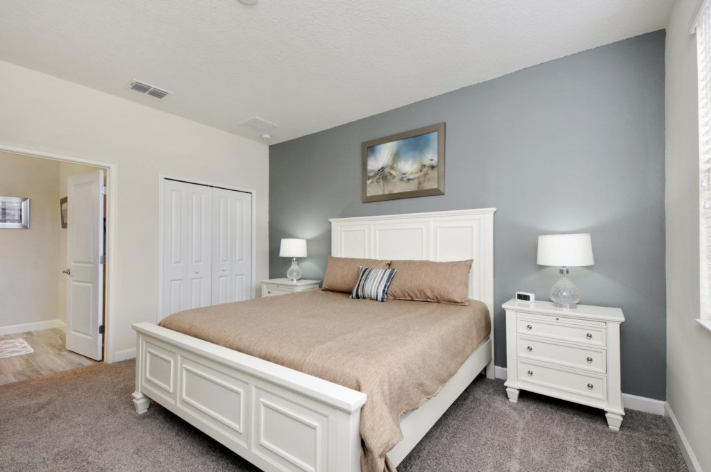 16_bedroom2.jpg