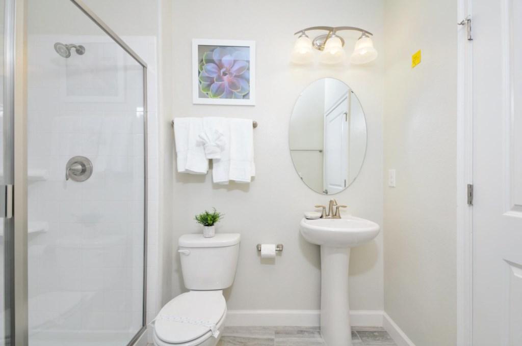 29_bathroom6.jpg