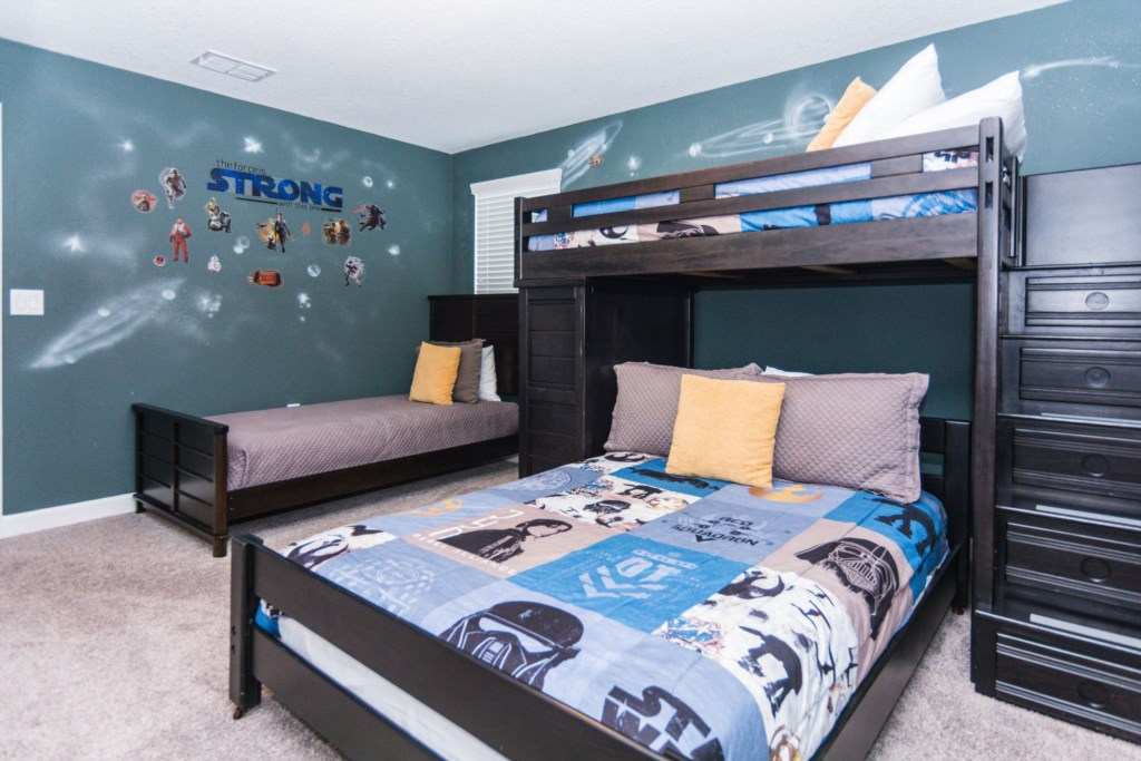 Star Wars Bedroom 2.jpg