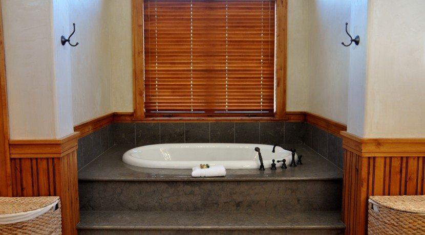 Master-Bath-830x460
