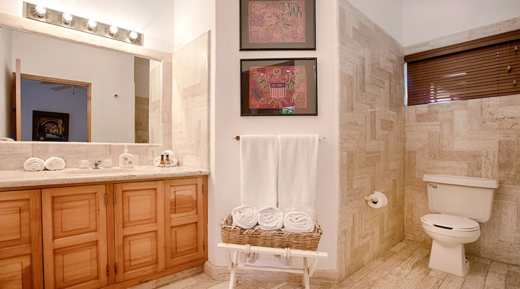Casa-Lyla-Bathroom3.jpg