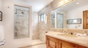 Casa-Lyla-Bathroom2.jpg