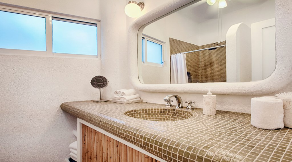 Casa-Opah-Bathroom4.jpg