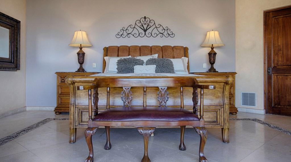 Villa-Antigua-Master.jpg