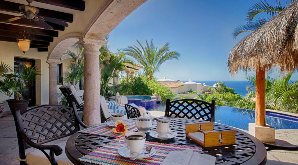 Villa-Antigua-Outdoor-Dining.jpg