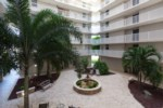 Bonita Beach & Tennis Club - Courtyard