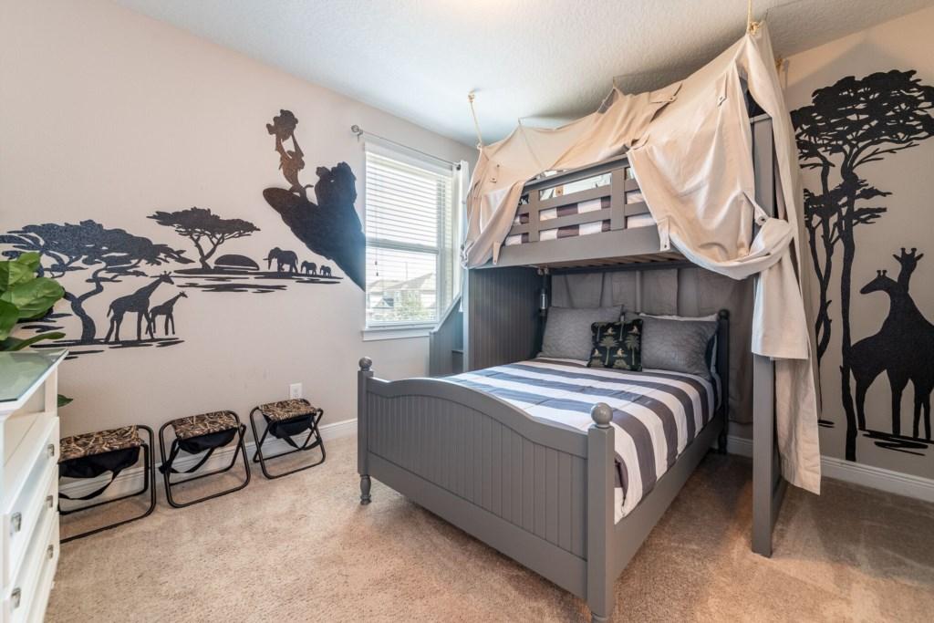 bunk bed room 1.jpg