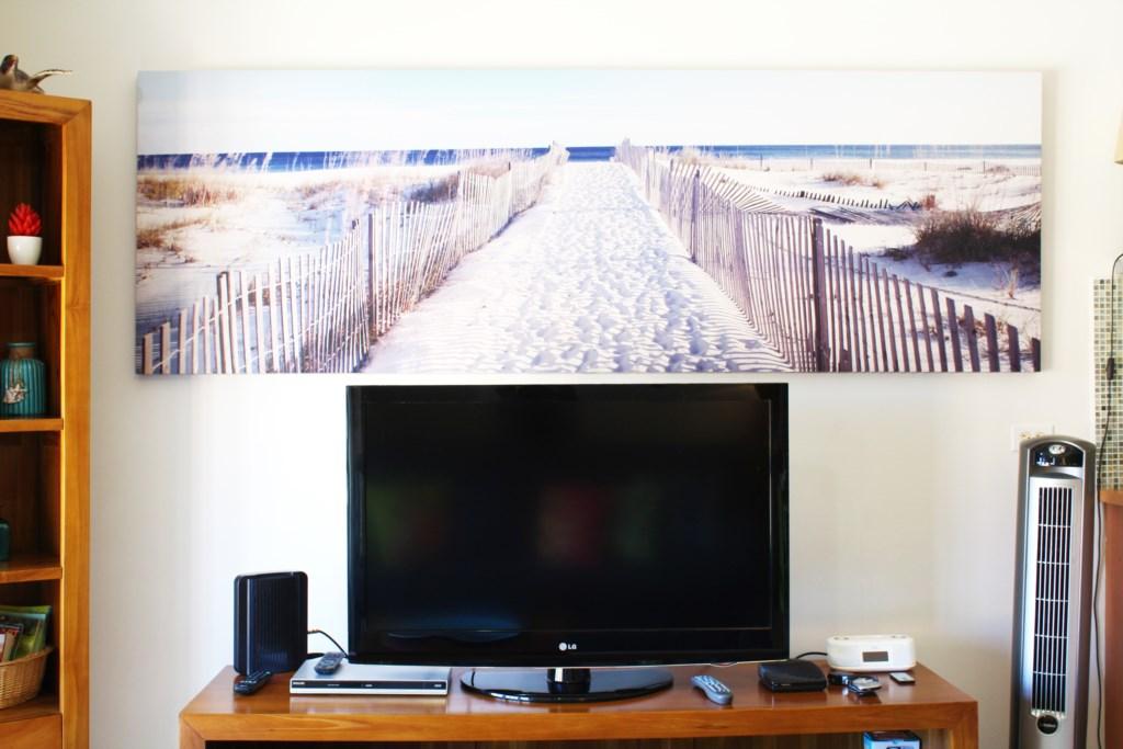 flat screen tv.JPG