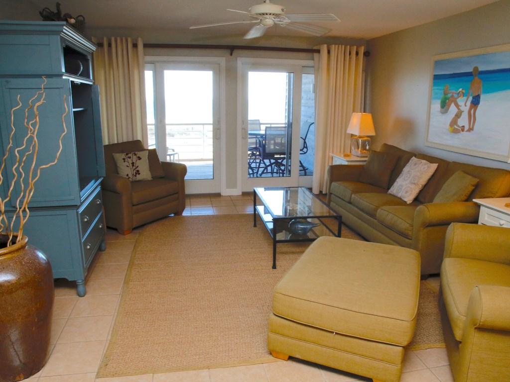 A24 Living Area (3).JPG