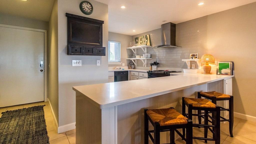 B23 Newly updated Kitchen