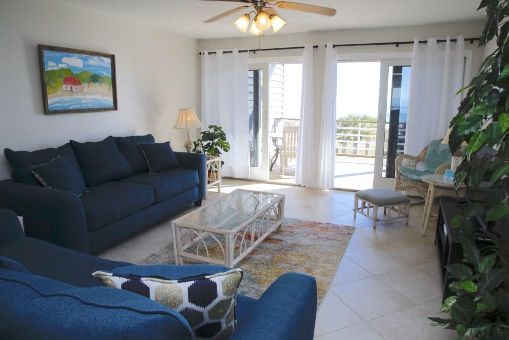 B33 Living Room.JPG