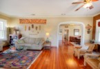 Excellent floorplan and flow ideal for large gatherings
