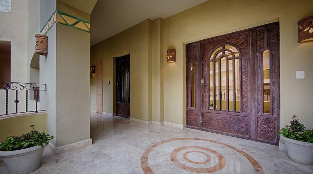 Villa-La-Estencia-3502-Entrance