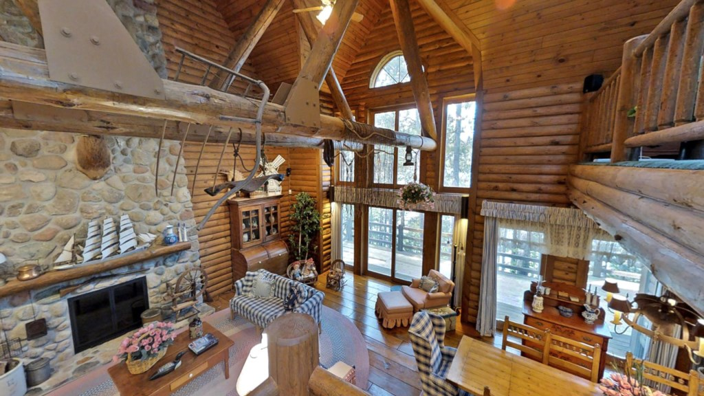 Great-room-cabin.jpg