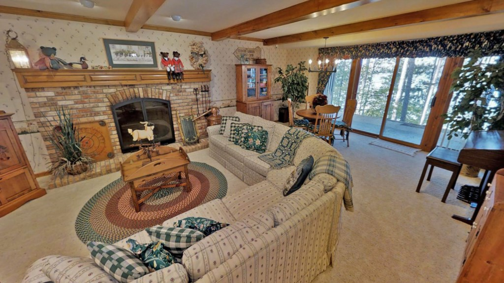 Lower-fireplace.jpg