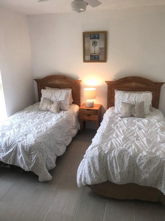 5410 bed 3 (2).jpg