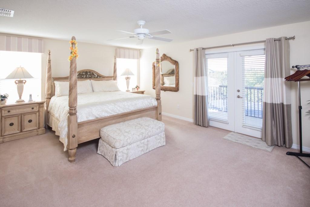 Master Bedroom (upstairs)
