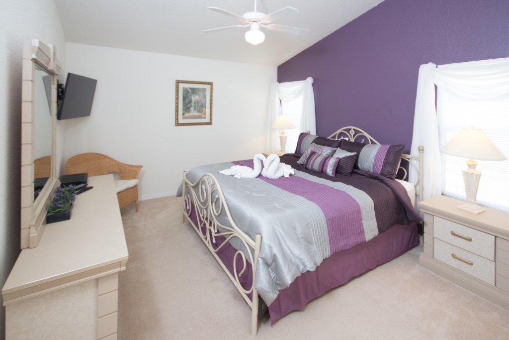 Second Floor Master Bedroom with King Eurotop Mattress and 40
