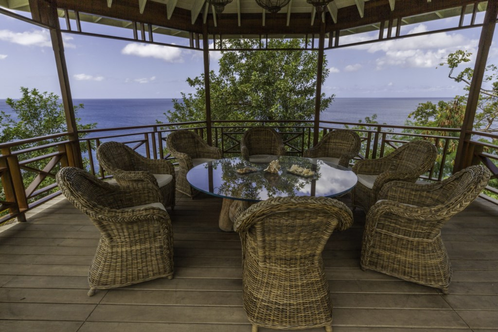 Gazebo with amazing sea views for everyone.
