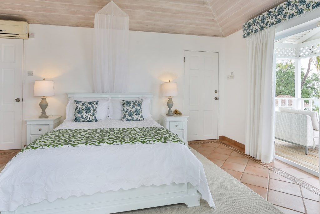 Master Bedroom with King bed.