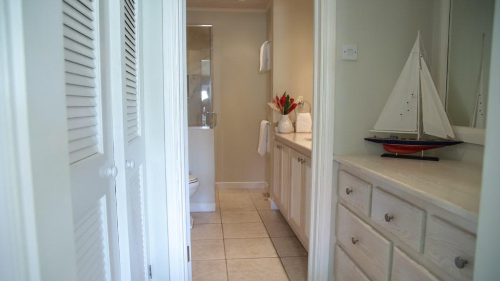 Third room ensuite closets & bathroom.