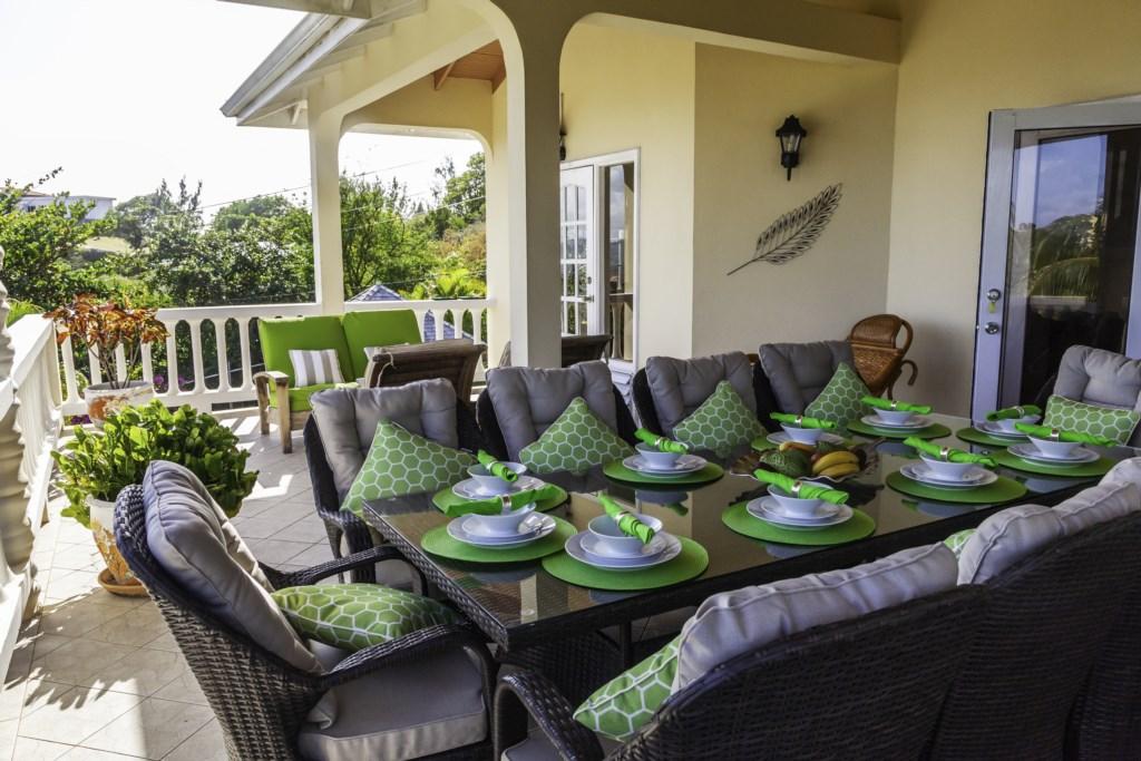 Main Balcony dining