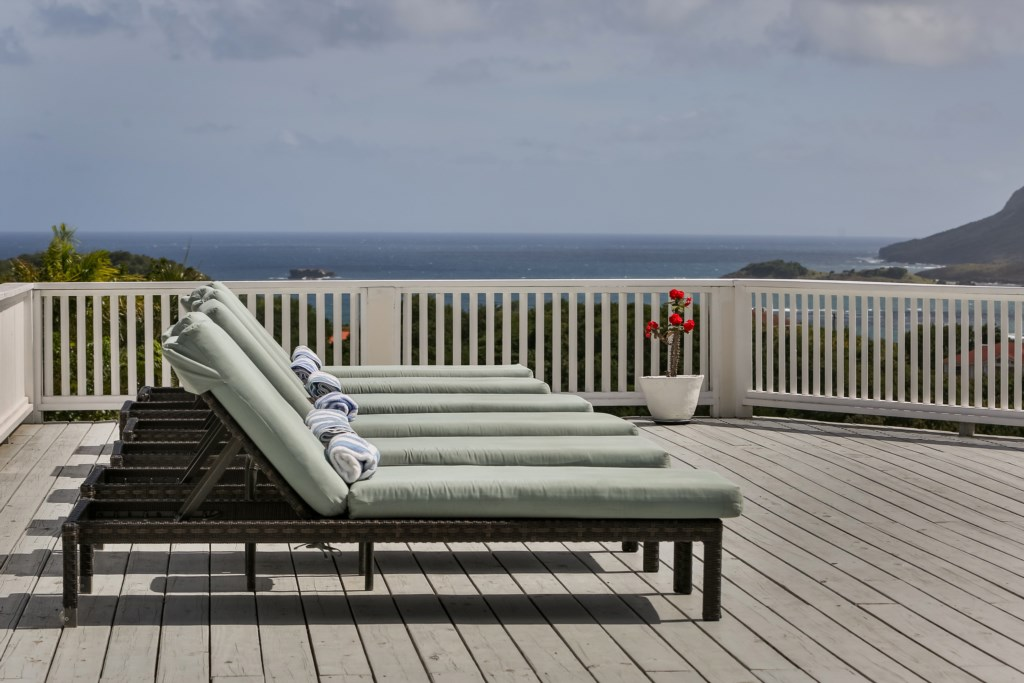 Sunning deck with loungers, views of the East coast.
