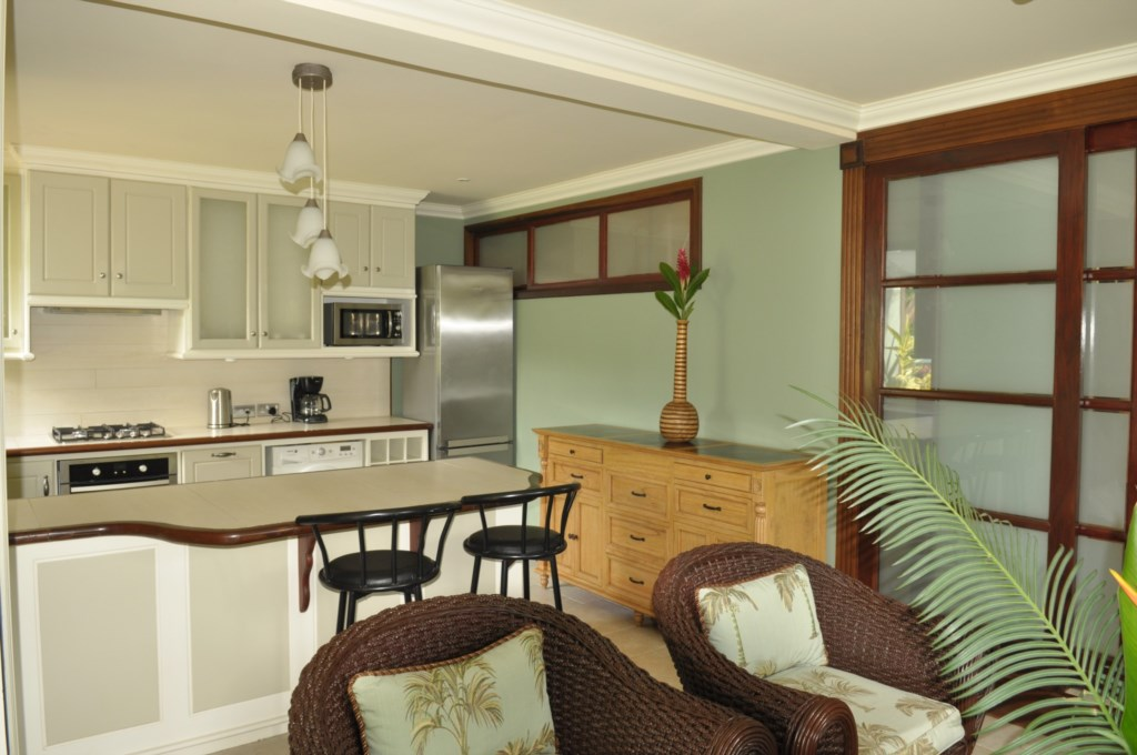 Cherry Apartment Kitchen