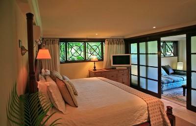 Cherry Apartment bedroom