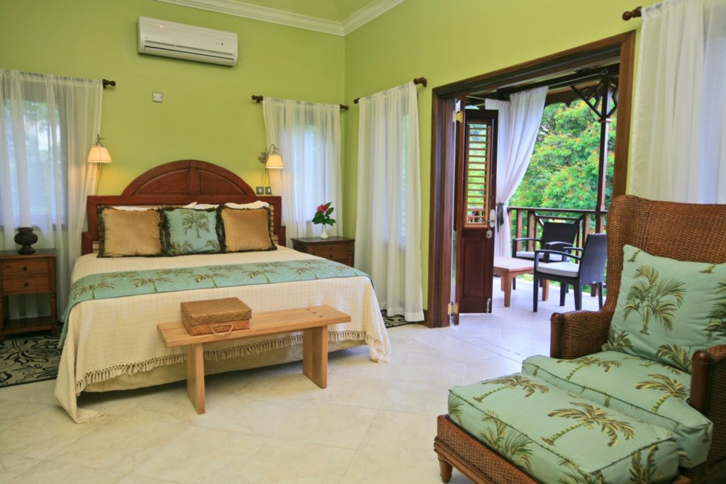 Golden Apple room located in the main villa with ensuite bathroom