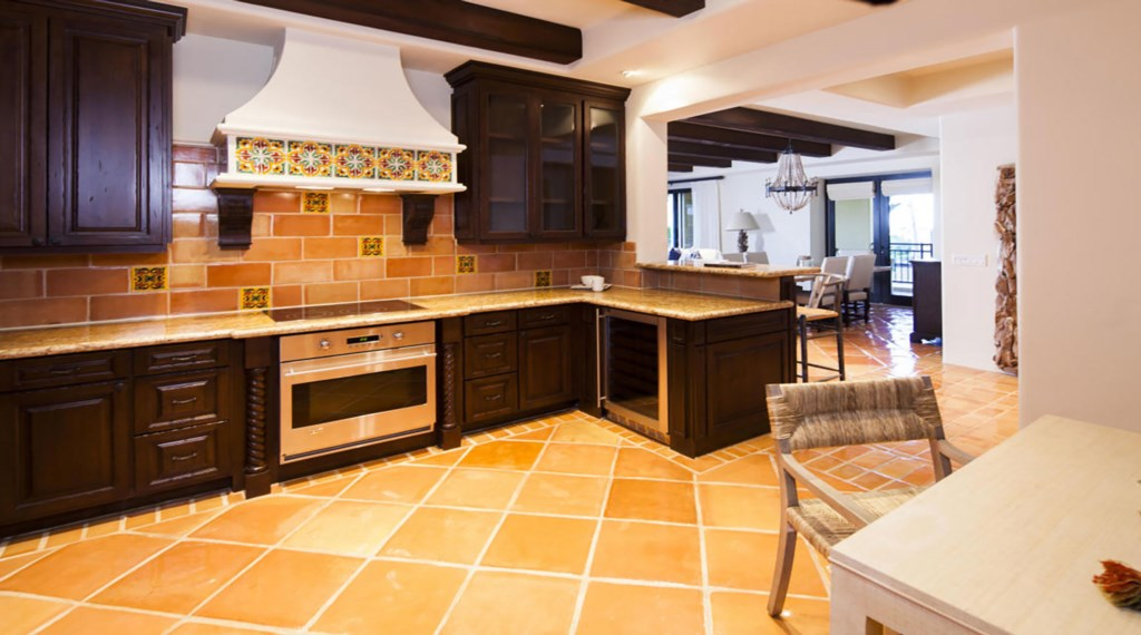 Hacienda-BLD1-203-Kitchen-3.jpg