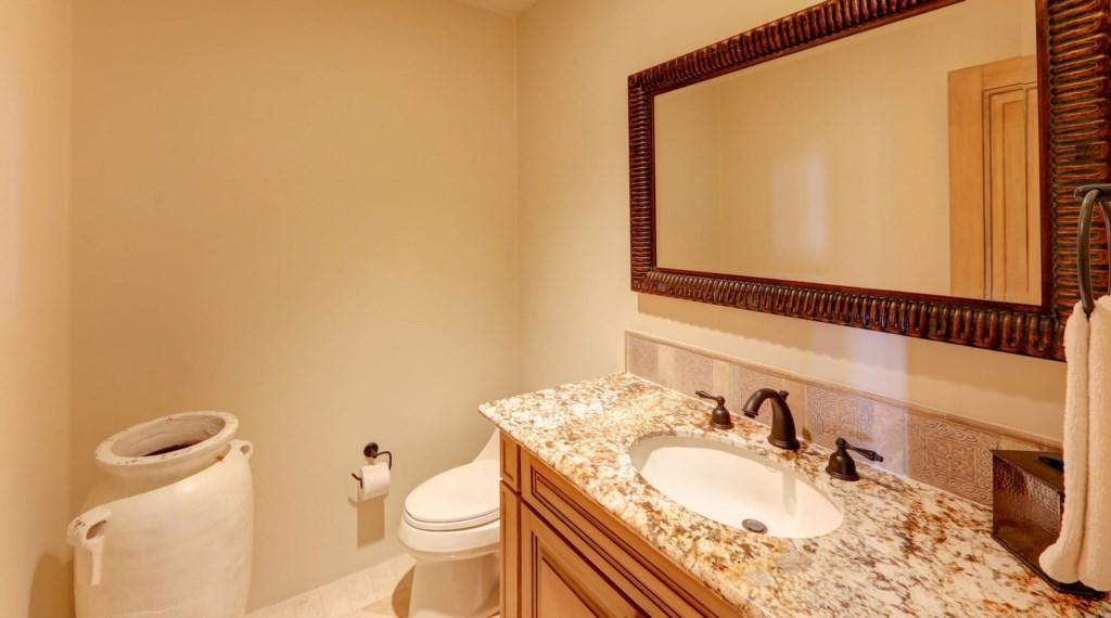 Hacienda_bldg3_bathroom.jpg