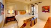 Hacienda_bldg3_bedroom1.jpg