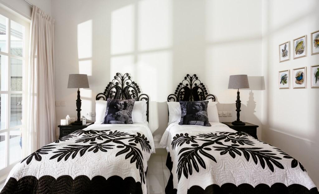 Bedroom_double twinbed.jpg