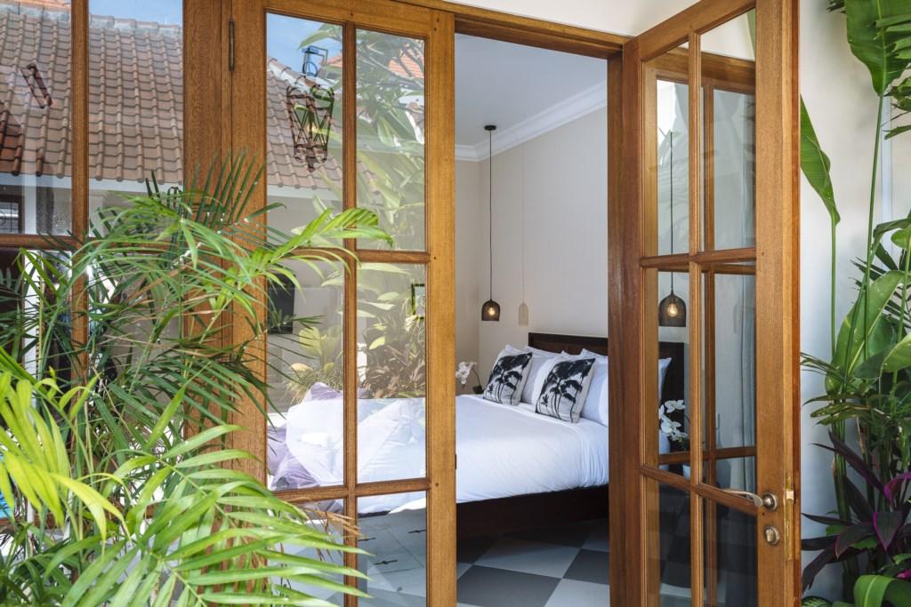 Villa Alliv Bedroom Entrance.jpg