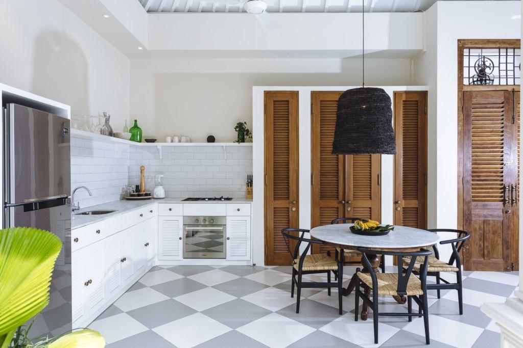 Villa Alliv Kitchen.jpg