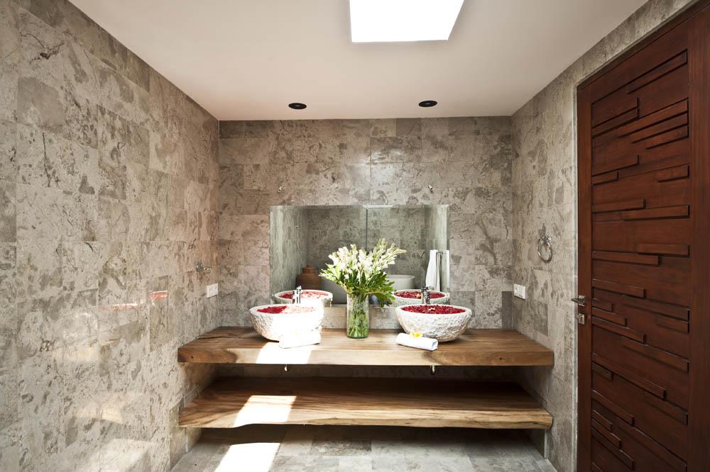 Bathromupstair-2