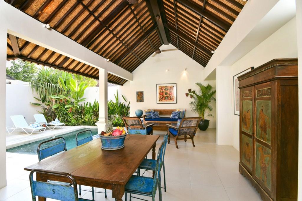 3-dining-living-villa-atma