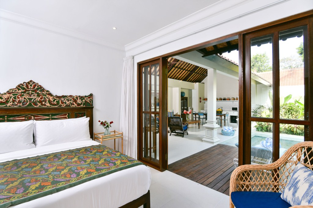 bed-living-view-villa-merah